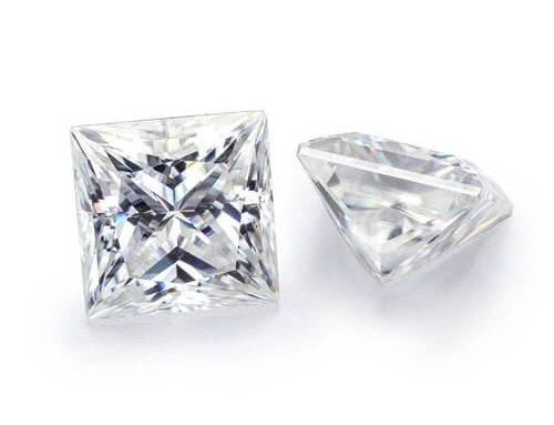 Square Moissanite D
