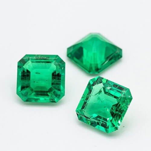 lab hydrothermal grown emerald